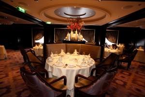 Murano_restaurant_silhouette