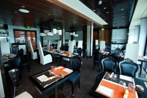 Qsine_restaurant_silhouette
