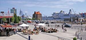 Kiel_cruises